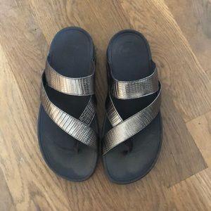Amazingly comfortable fitflop bronze sandals